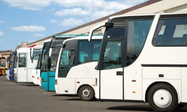 Going on a Sightseeing Trip in Sydney? Hire a Chartered Bus